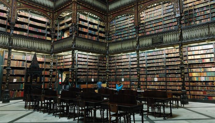 Irodalmi ősz a portugál világban